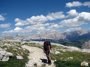 Podejście do schroniska (Rifugio Pisciadu)