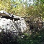 Pozostałości Schroniska PTTK na Polanie Wyrobek pod Lubaniem