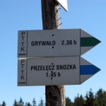 Drogowskazy szlaków na Lubaniu