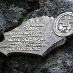 """Cmentarz Symboliczny podOsterwą - Marek Łabunowicz (""""Maja"""") iBartłomiej Olszański"""