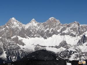 Widok naHoher Dachstein zReiteralm