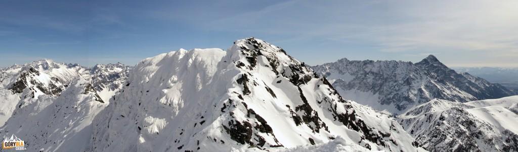 Panorama zwierzchołka taternickiego Świnicy (południe)