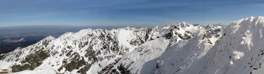 Panorama zwierzchołka taternickiego Świnicy (wschód)