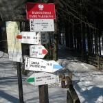 Szlaki turystyczne z Przełęczy Krowiarki 1012 m