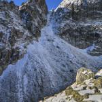 Czerwona Ławka (słow. Priečne sedlo) 2352 m