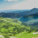 Widok z Rakonia na dolinę Chochołowską