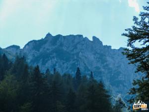 Szczyt Schwarzkogel (Črni Vrh) 1842 m widziany z ferraty Rotschitza-Klamm