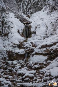 Górny wodospad w Dolinie Białego