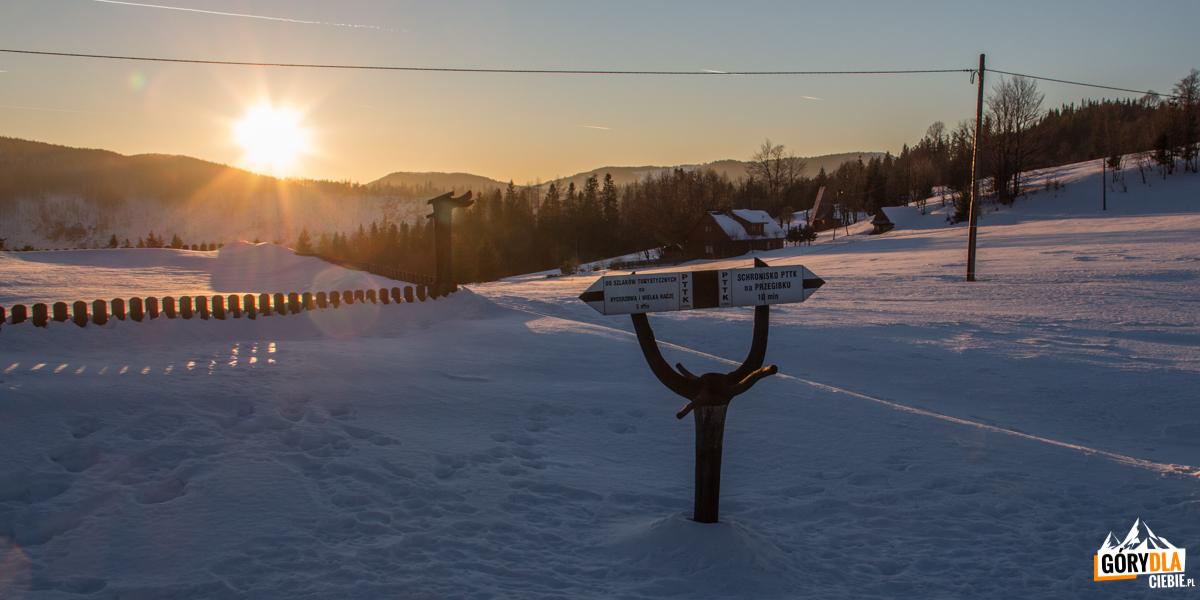 Przełęcz Przegibek (990 m)