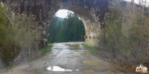 Worochta - kamienny wiadukt kolejowy na Prucie z XIX w.