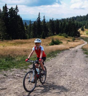 Turbacz i Stare Wierchy rowerem z Obidowej