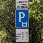Parking na Przełęczy Leśnickiej (pod Tokoarnią)
