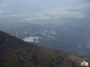 Szczyrbskie Jezioro z pod szczytu Małego Krywania