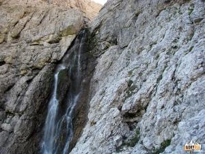 Wodospad na trasie ferraty Brigata Tridentina