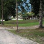 Parking przy Naturschwimmbad-Waldbad w Kötschach-Mauthen