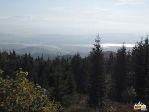 Panorama Tatr z Lubania, w dole Zalew Czorsztyński