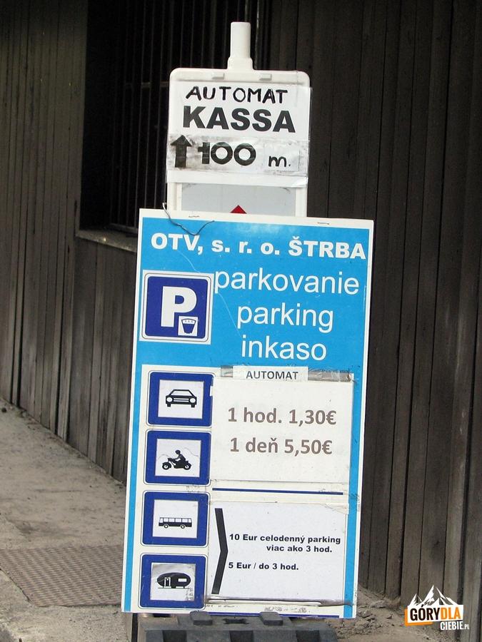 Parkingi w Szczyrbskim Jeziorze