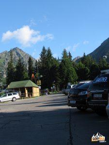 Szczyrbskie Jezioro, parking