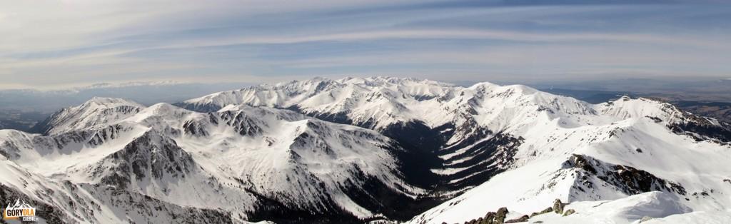 Panorama z wierzchołka taternickiego Świnicy (zachód)