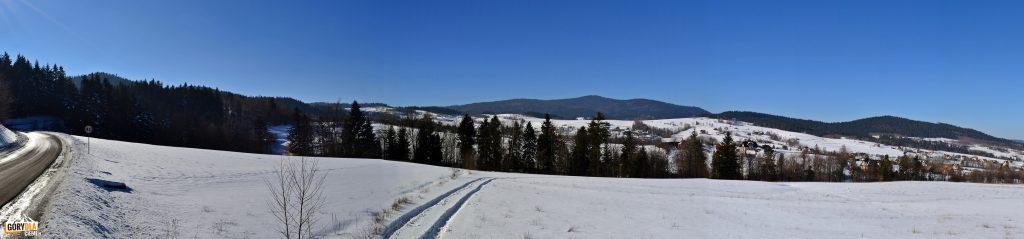 Panorama masywu Mogielicy zdrogi naPrzełęcz Słopnicką