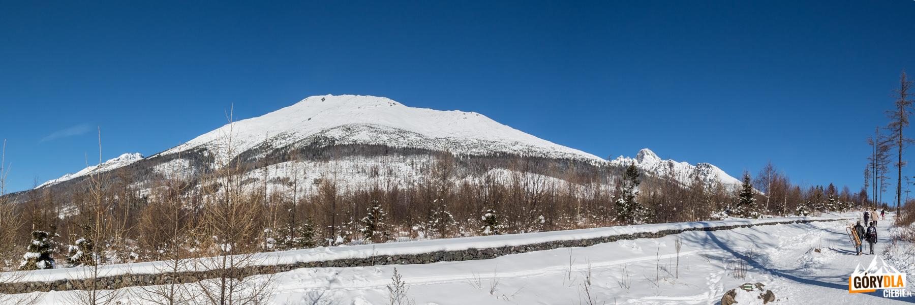 Widok z podejście na Hrebienok na Gerlach, Sławkowski Szczyt i Łomnicę