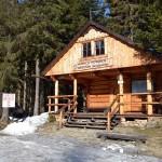 Informacja turystyczna na Przełęczy Krowiarki (bilety do GPN)