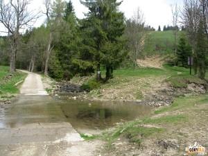 Granica Rezerwatu Biała Woda pod Kociubylską Skałą