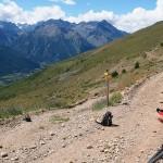 Szlak rowerowy trawersujący zbocza Le Grand Area 2869 m