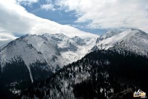 Widok zGęsiej Szyi naotoczenie Doliny Waksmundzkiej