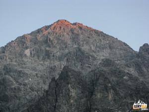 Wschód słońca na Kieżmarskmi Szczycie (słow. Kežmarský štít) 2558 m