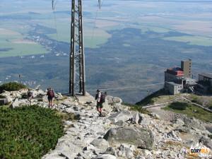 Zejście do Doliny Łomnickiej (słow. Skalnata dolina)