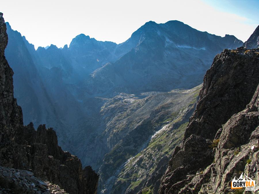 Otoczenie Doliny 5 Stawów Spiskich widziane spod Wielkiej Łomnickiej Baszty