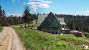 Schronisko PTTK na Przehybie 1175 m n.p.m.