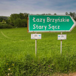 Skręcamy w wąską dróżkę w prawo, w kierunku Łazów Brzyńskich i Starego Sącza