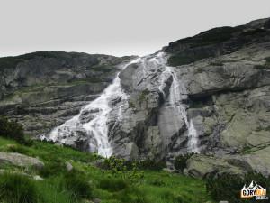 Kaskady wodospadu Złota Siklawa