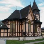 Odrestaurowane budynki w Starym Smokovcu