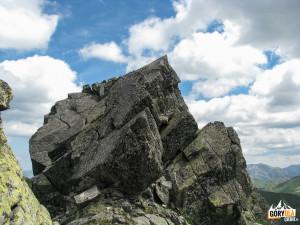 Wejście na szczyt Rohacza Ostrego (słow. Ostrý Roháč, 2088 m)