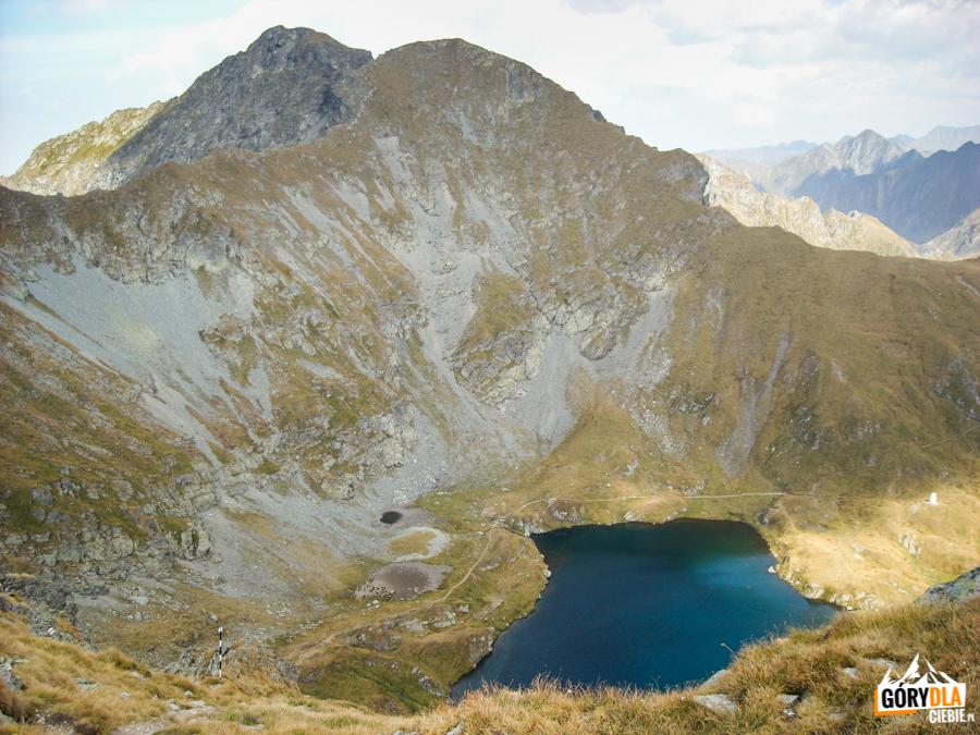 : Vânătoarea lui Buteanu (2507 m) i jezioro Capra