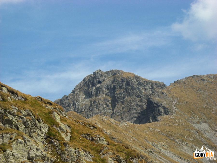Vânătoarea lui Buteanu (2507 m) widziany z Şaua Capre (5315 m)