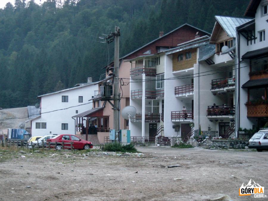 Ośrodku turystyczny Piscul Negru przy Drodze Transfogarskiej