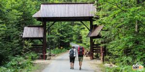 Wejście do GPN w Dolinie Kamienicy