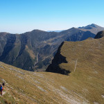 Główna grańi Fogaraszy w rejonie Galbenele (2456 m)