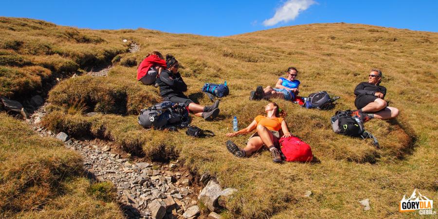 Zasłużony odpoczynek na grani Fogaraszy