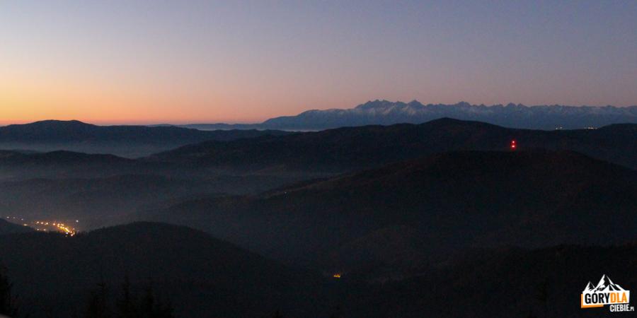 Wschód słońca naMogielicy