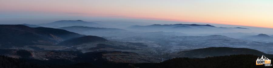 Wschód słońca na Mogielicy