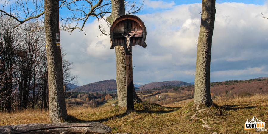 Łemkowski krzyż koło wsi Oderne