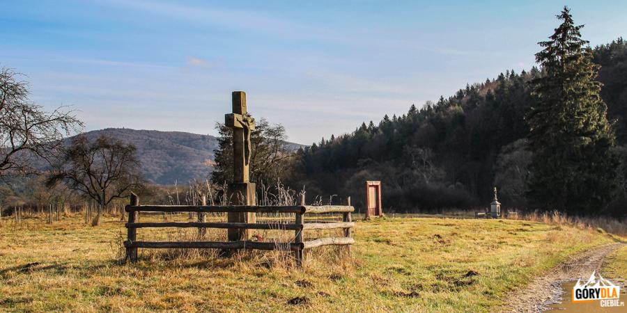 Kamienny krzyż w Nieznajowej