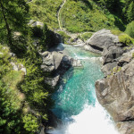 Wodospady Lillaz latem (Dolina Aosty)