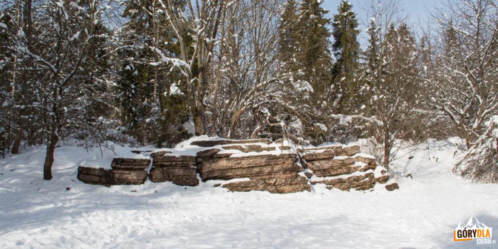 Kamienne Księgi w Dubantowskiej Dolince