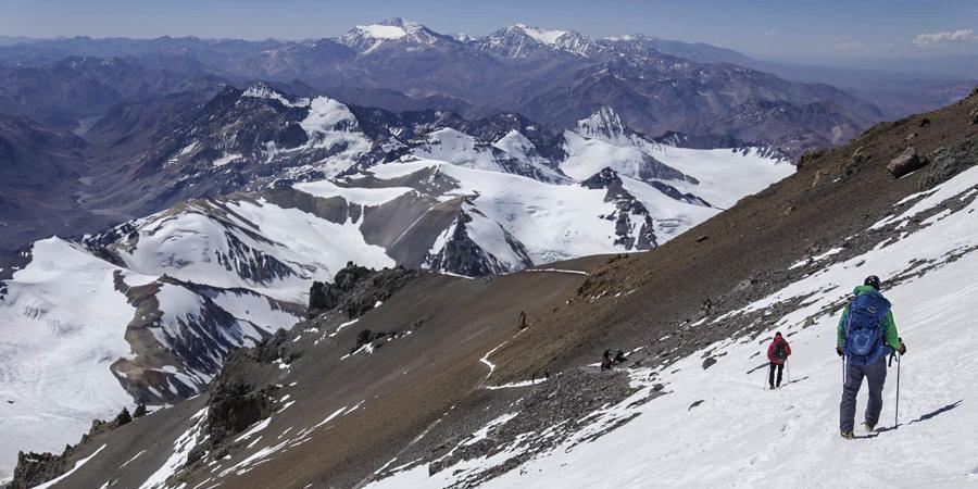 Zejście do bazy na 6000 m